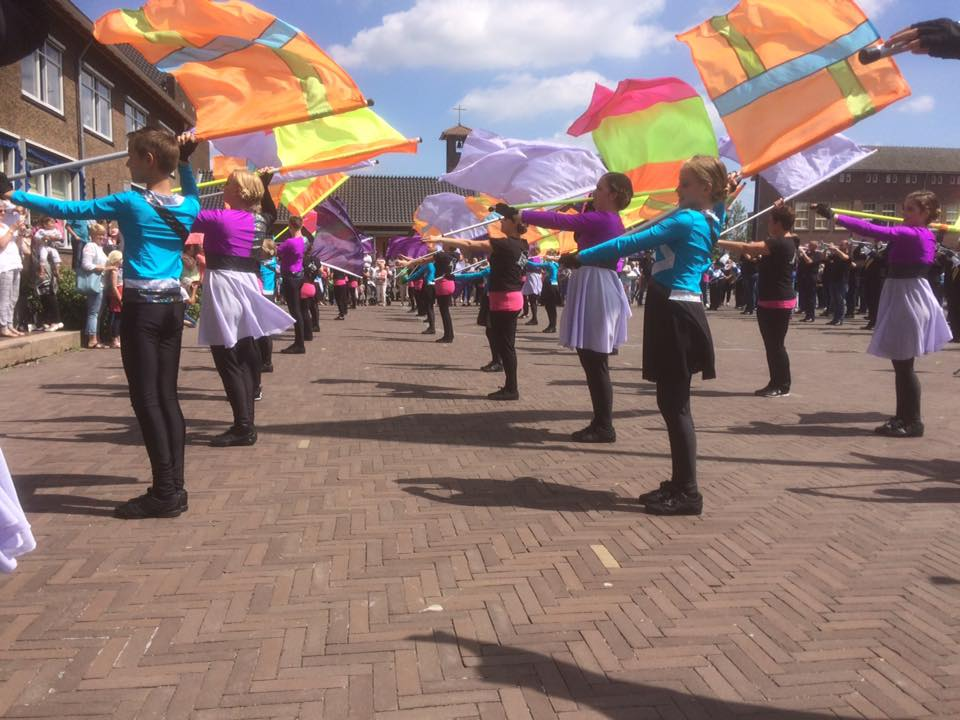 85 jaar Showband Jong-Holland - defile